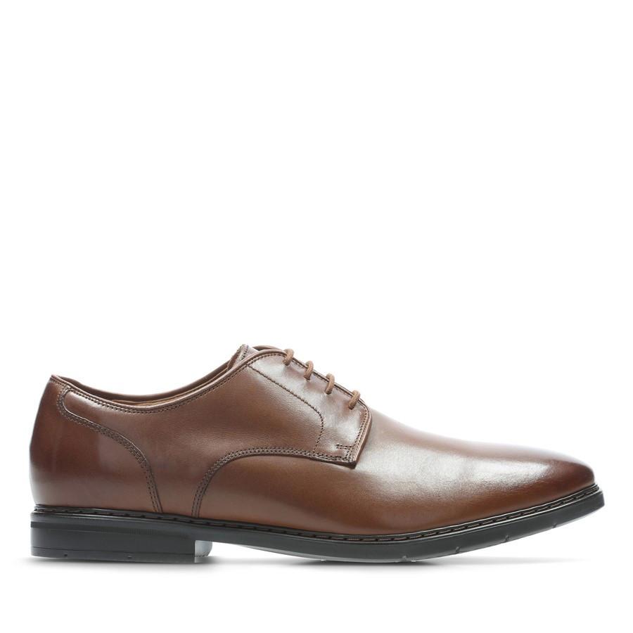 Clarks Banbury Lace British Tan Leather