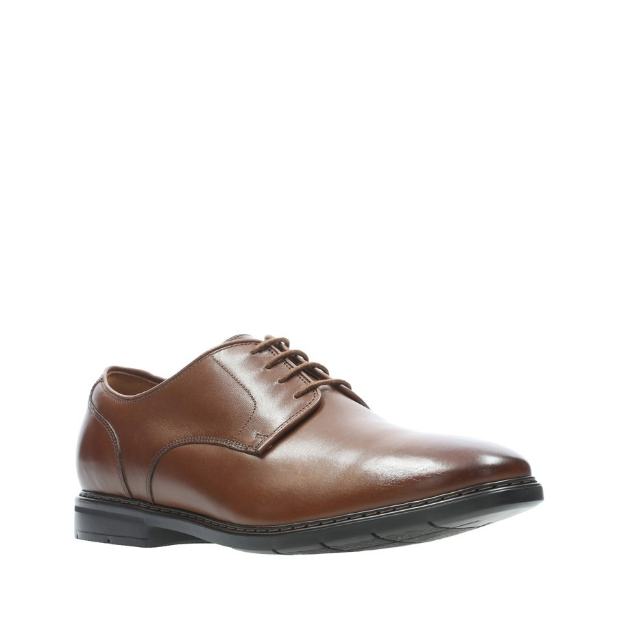 Clarks Banbury Lace British Tan Leather