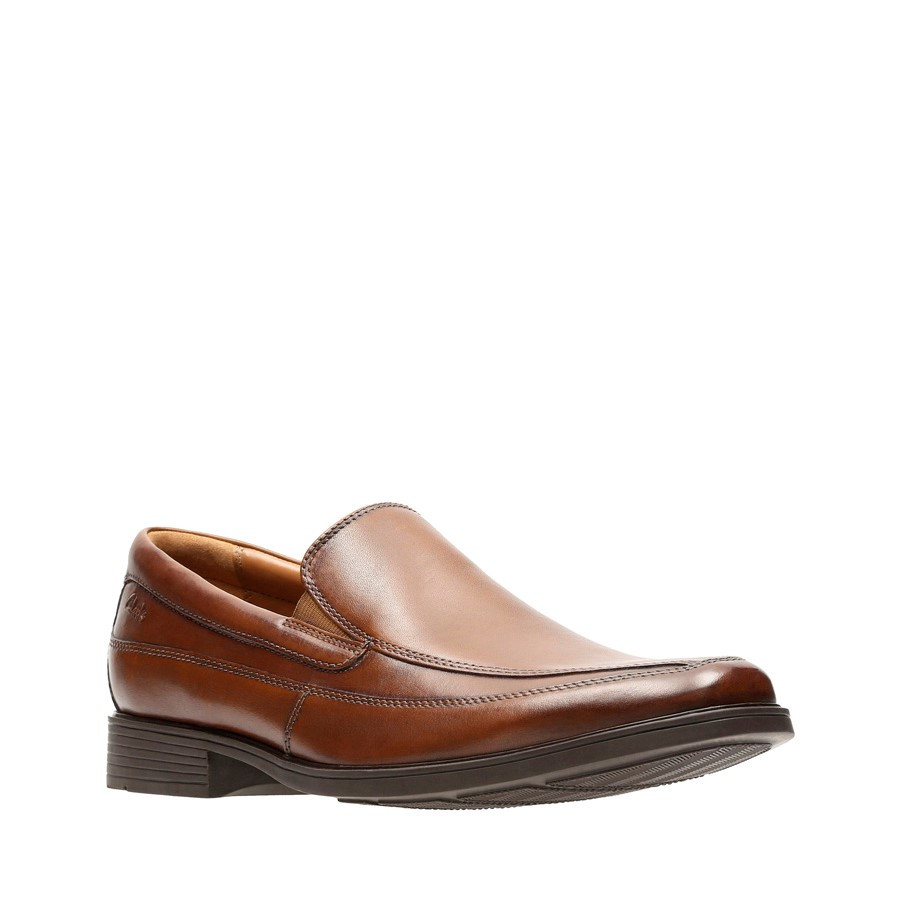 Clarks Tilden Free Dark Tan Leather