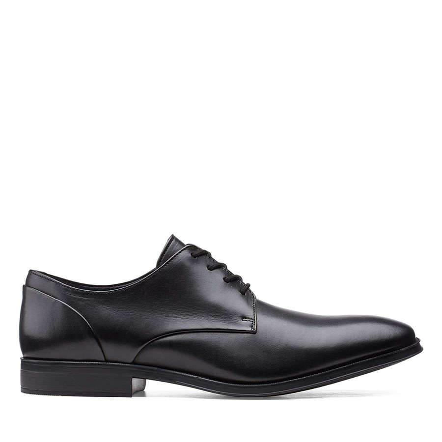 Clarks Gilman Plain Black Leather