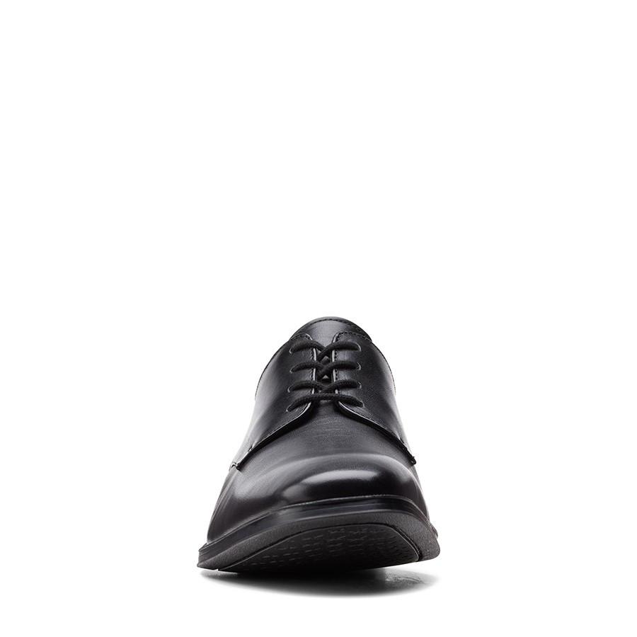 Clarks Gilman Plain Black Leather