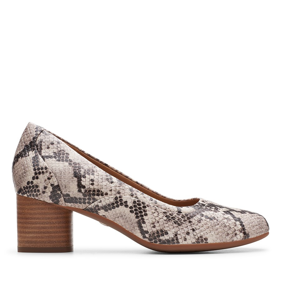 Clarks Un Cosmo Step Natural Snake Leather