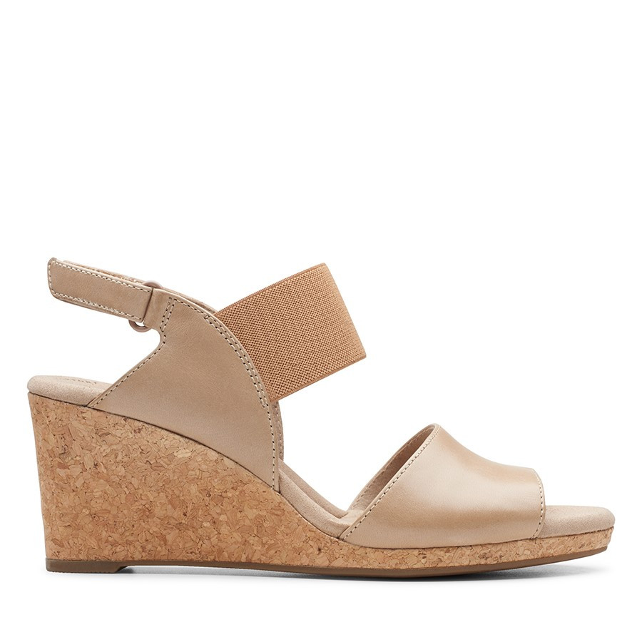 Clarks Lafley Lily Sand Leather