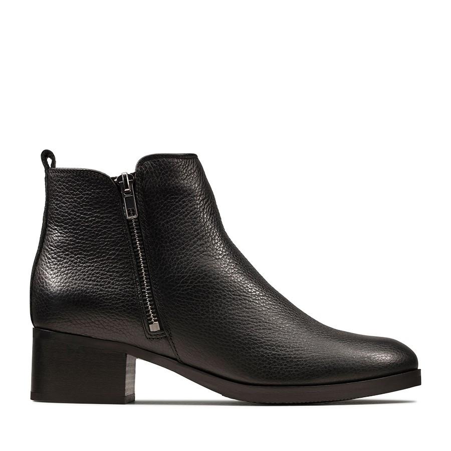 Clarks Mila Sky Black Leather