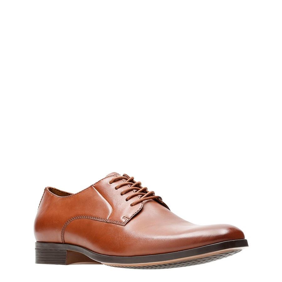 Clarks Conwell Plain Tan Leather