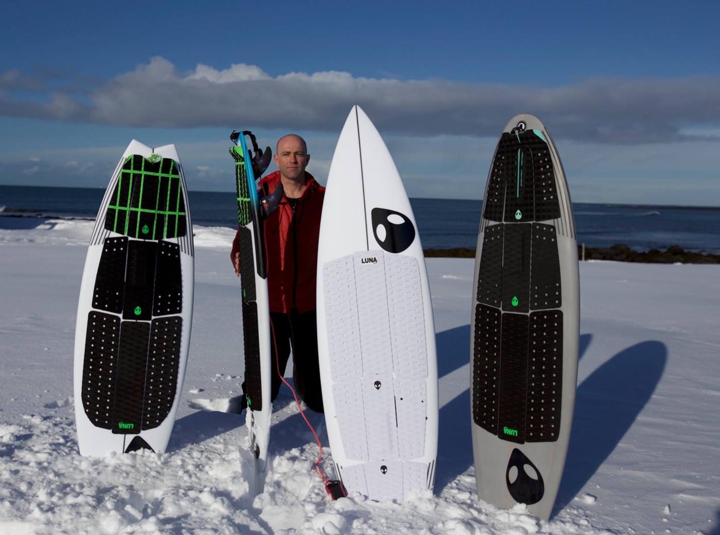 Ian Battrick Lunasurf Full deck grip