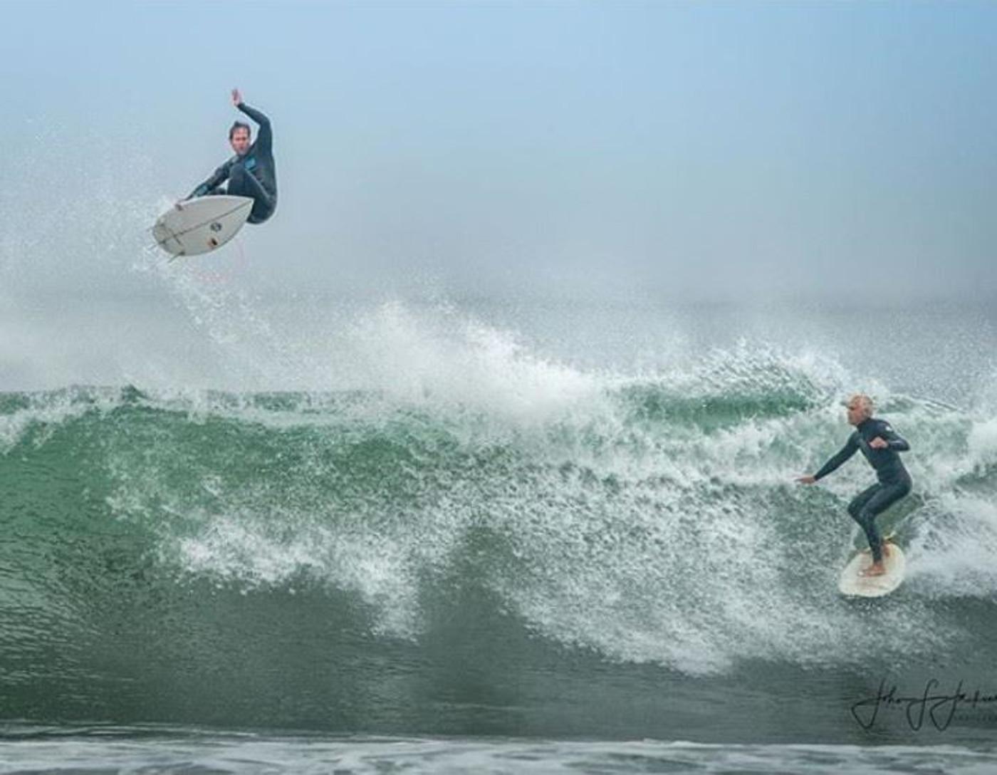 Ryan Turner flying above Huntington Beach - using our signature Lunasurf thruster fin. Pic Johnjksn Photography