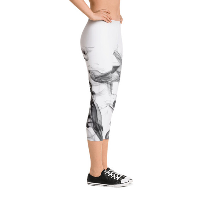 Lunasurf Smoke Capri Leggings White