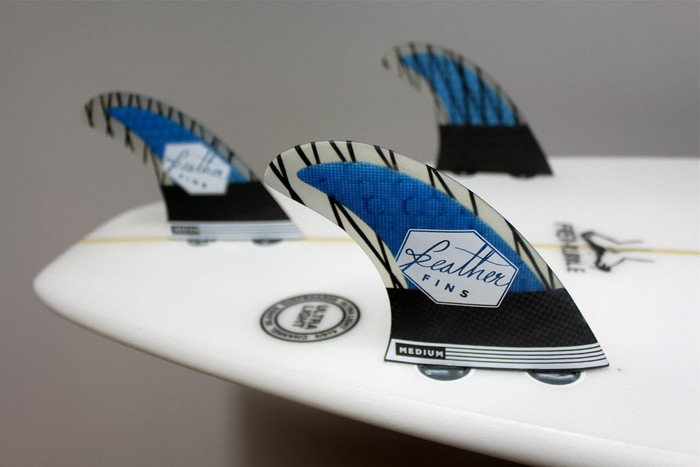 Feather fins Superlight Carbon thruster fins Large in Blue