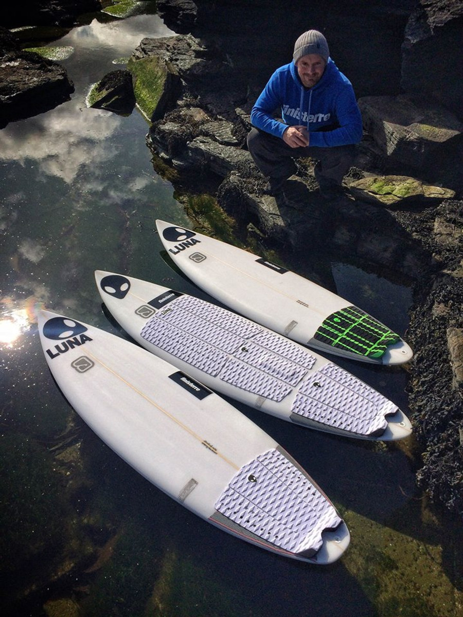 Chris Noble - Multiple Scottish Champion - Lunasurf full deck grip and tailpads.
