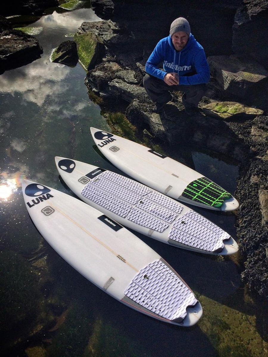 Chris Noble - Multiple Scottish Champion - Lunasurf full deck grip and tailpads.