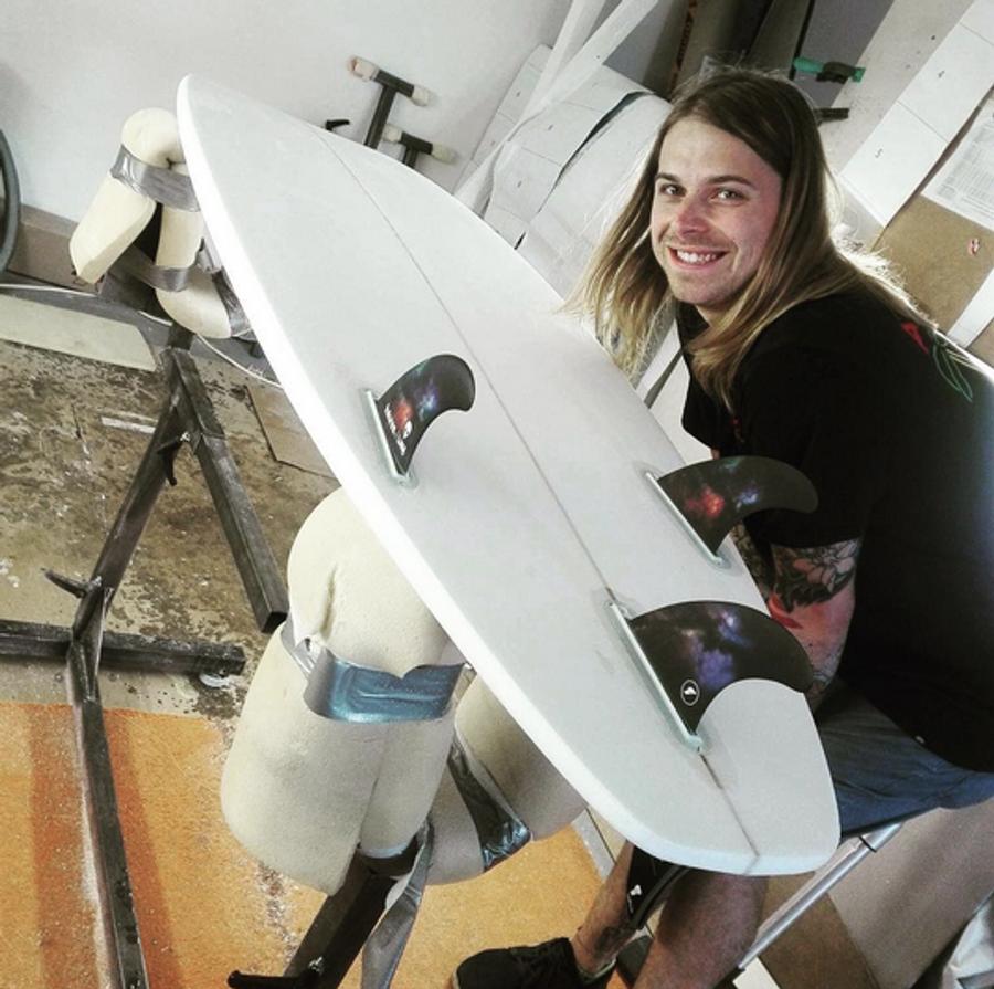 Lunasurf Thruster Fins - Tom Abraham riversurfing