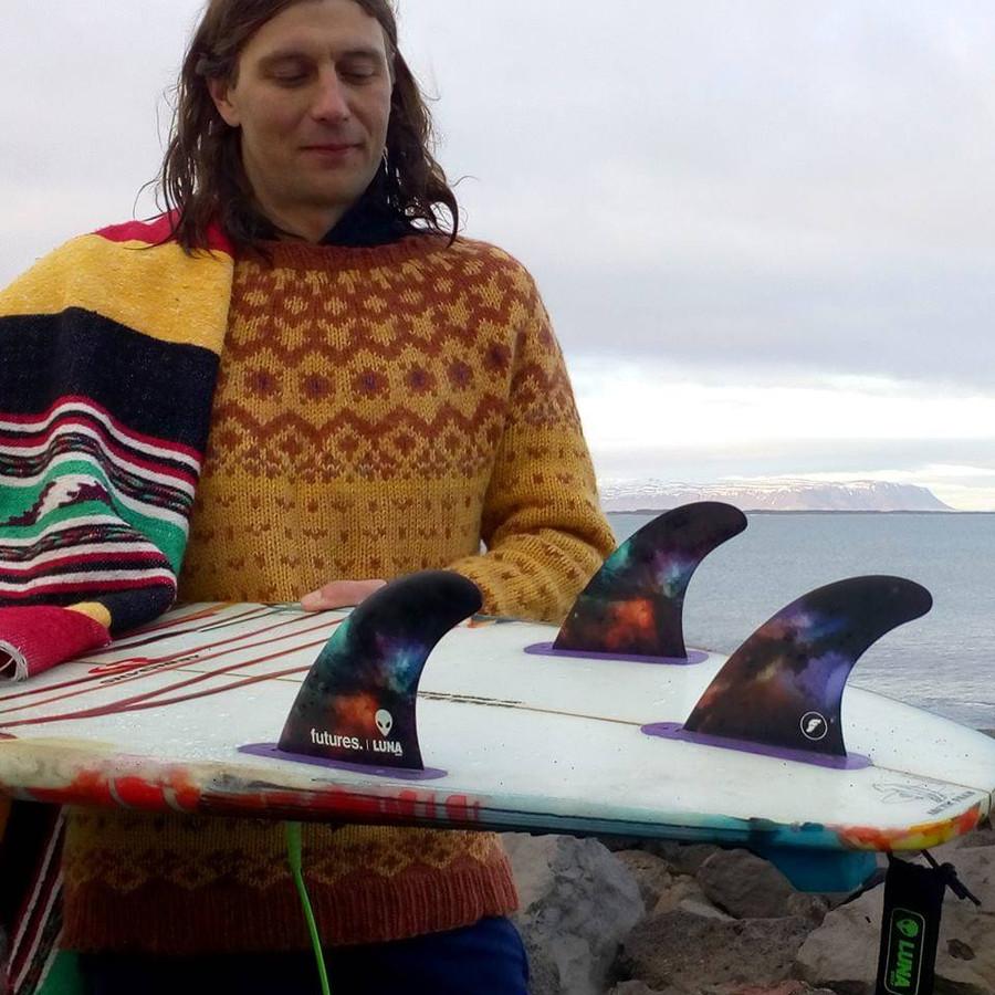 Underground Icelandic surf legend & ripper Róbert Orri Stefánsson riding the 'signature Lunasurf thruster fins'