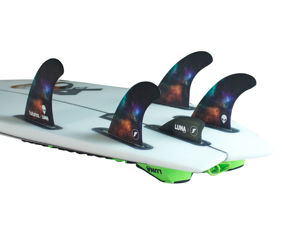Luna Knubster in use with the Lunasurf quad fins