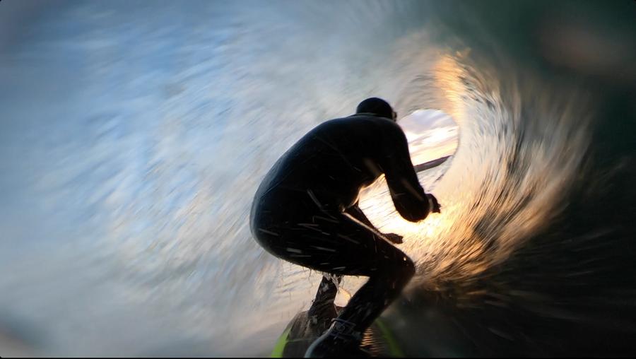 Ian Battrick riding the foamball on Lunasurf quad fins.