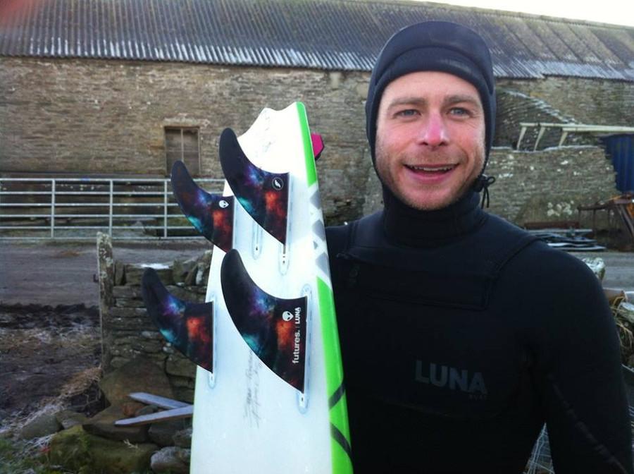 Alex Sutherland riding the Lunasurf quad fins