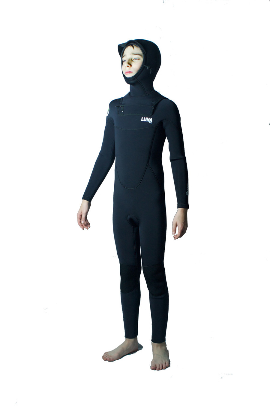Groms ultimate winter wetsuit.