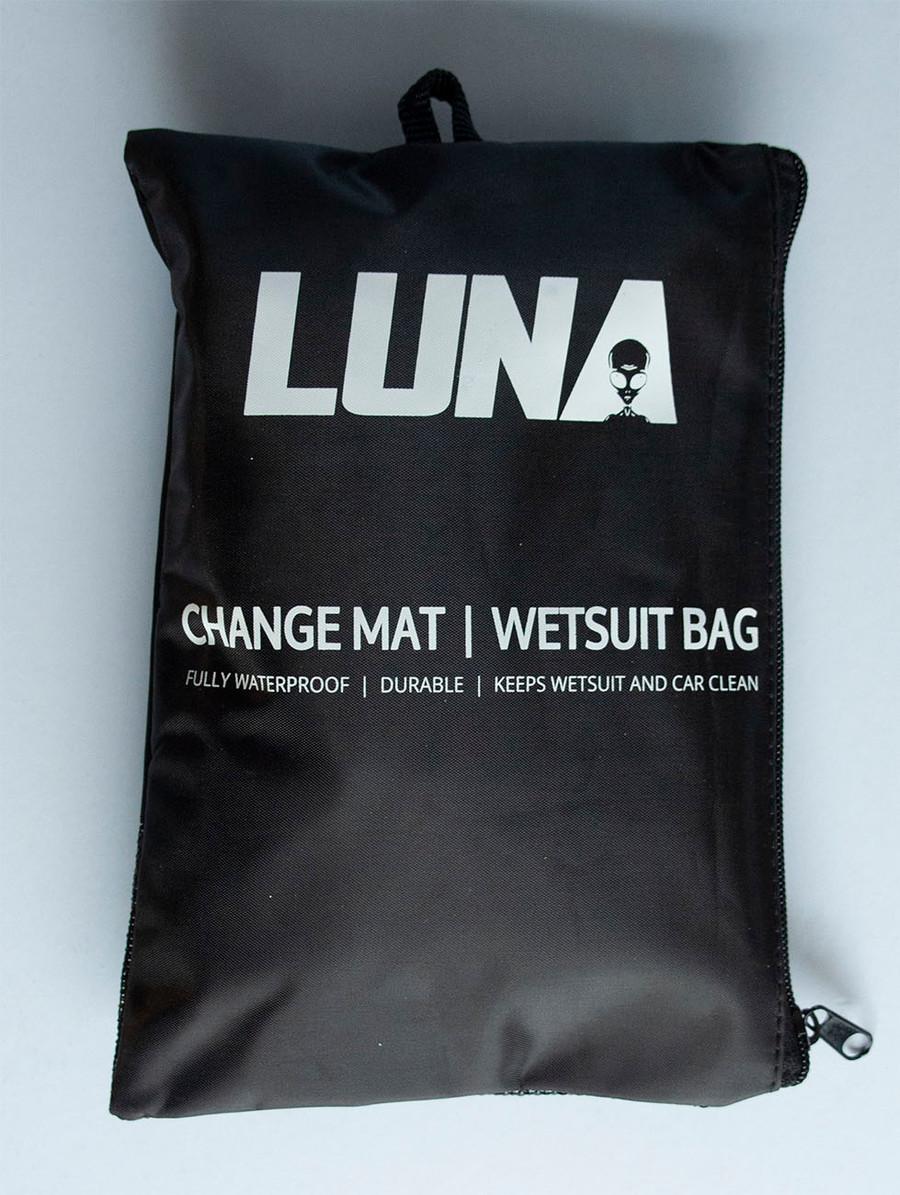 Luna surf wetsuit change mat packed