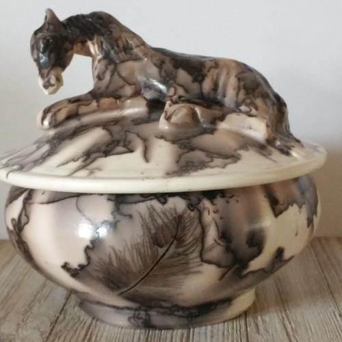 Horsehair Memorial Keepsake Urn with Sculpted Horse