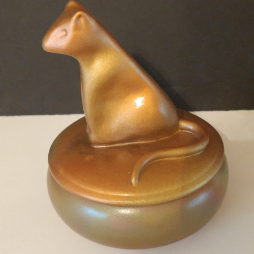 Golden Egyptian inspired handmade cat urn. This unique cat urn has a cubic capacity of 15 cubic inches. Made by an American Artisan.