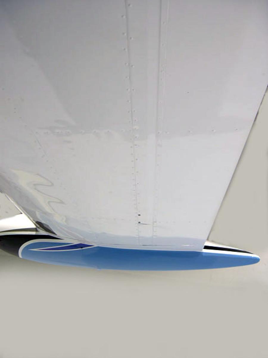 Piper PA-30 & PA-39 Twin Comanche Flap and Aileron Gap Seals. Comanche Speed Mods by Knots 2U
