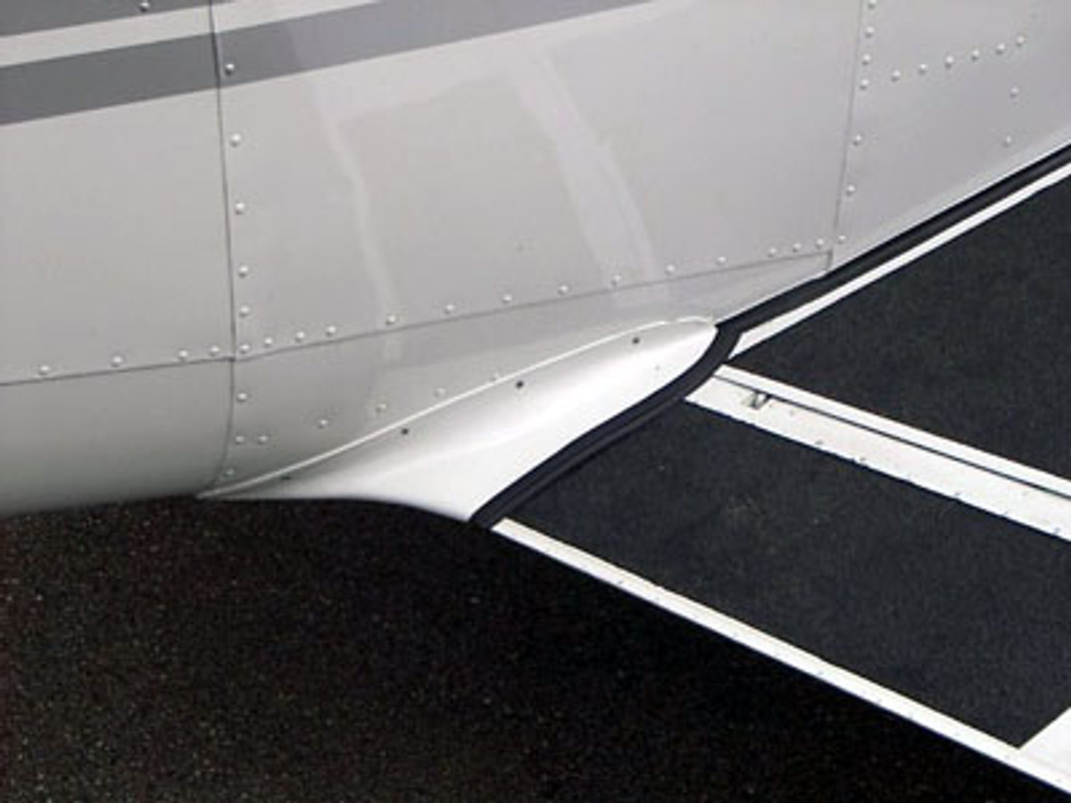 Piper PA-30 & PA-39 Wing Fillets. Performance mods by Knots 2U.