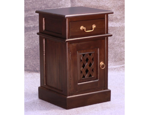 1 CARVED DOOR 1 DRAWER BEDSIDE (BS 101 CV) - WHITE (NOT AS PICTURED)