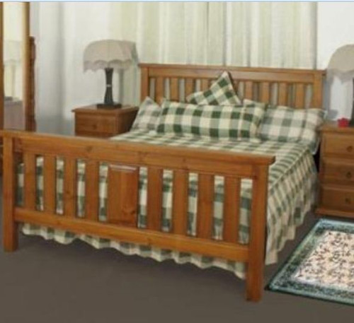 QUEEN LUNAMIS  BED - (MODEL 3-8-1-12-20-15-14) -  AVAILABLE IN CHESTNUT OR WALNUT