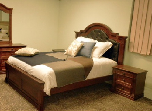 JEFFERSON QUEEN 3 PIECE  BEDSIDE BEDROOM SUITE -  (MODEL-14-1-16-15-12-5-15-14)  BED - AMERICAN CHESTNUT