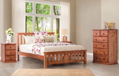 CARRINGTON KING 4 PIECE TALLBOY BEDROOM SUITE WITH STANDARD CASE GOODS - GOLDEN OAK