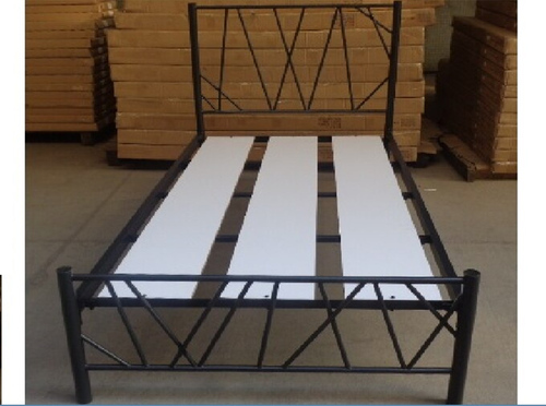 QUEEN NOAH  METAL BED - BLACK