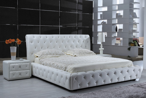 QUEEN CRYSTAL 100% LEATHER FRONT GAS LIFT BED WITH BUTTONS - ASSORTED COLOURS