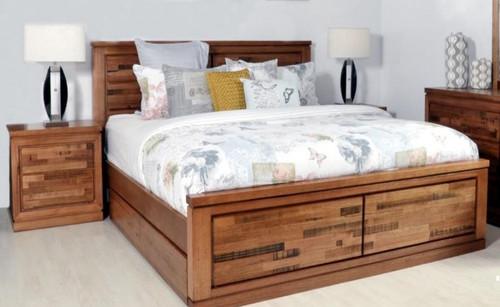 BERTROSE  QUEEN 3  PIECE (BEDSIDE) TASMANIAN OAK  BEDROOM SUITE - (MODEL:3-1-18-12-9-19-12-5)  -  AS PICTURED