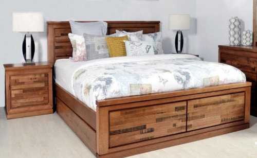 BERTROSE  QUEEN 3  PIECE (BEDSIDE) TASMANIAN OAK  BEDROOM SUITE - (MODEL:3-1-18-12-9-19-12-5)  -  AS PICTURED