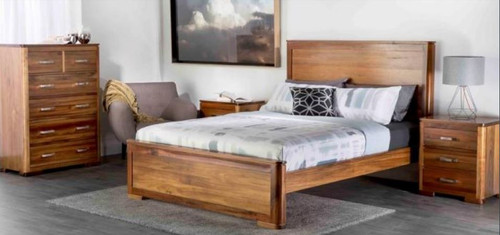 ARNE KING 4   PIECE (TALLBOY)  BEDROOM SUITE - (MODEL:7-1-25-13-1-14)  AS PICTURED)