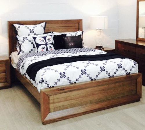 QUEEN ZEALOT  HARDWOOD  BED FRAME - (MODEL:18-15-13-1)  - AS PICTURED