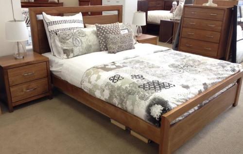 TAMILA   DOUBLE OR QUEEN  3  PIECE BEDSIDE  BEDROOM SUITE - (MODEL:19-20-1-18-11)