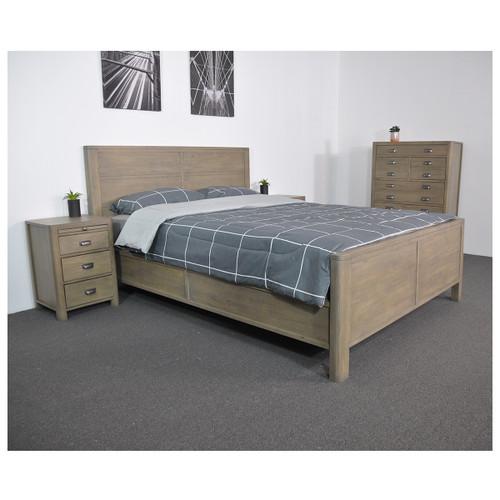 TERRENCE QUEEN 3  PIECE BEDSIDE  BEDROOM SUITE - WASHED OAK