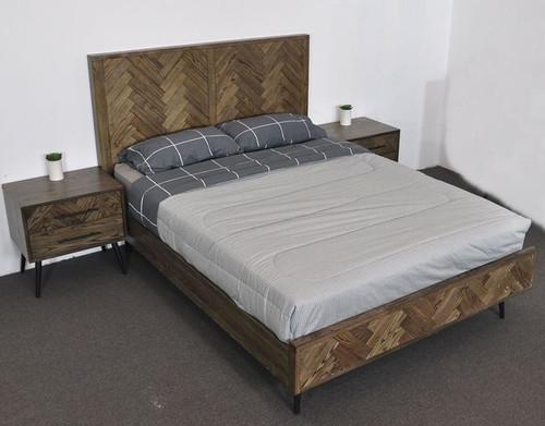 TOULOUSE  QUEEN  3  PIECE (BEDSIDE ) OAK TIMBER  BEDROOM SUITE - ASH OAK / BLACK