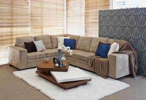 NEWMAN 6 SEATER RHF OR LHS MODULAR (YX2011) - ASSORTED COLOURS