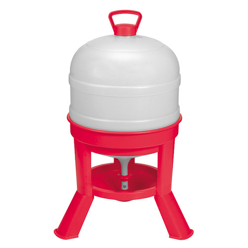 Little Giant® 8 Gallon Dome Waterer With Legs