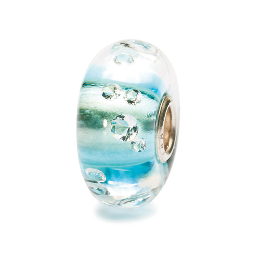 "The Diamond Bead Iceblue #81008 ""Diamonds are a girl's best friend,"" according to Marilyn Monroe in the 1953 film ""Gentlemen Prefer Blondes"". Indeed, diamonds have always fascinated us. This crystal orb is embedded with 13 cubic zirconias. The bead is lined with ice blue."