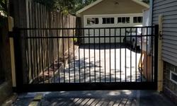 Style B Aluminum Driveway Gate