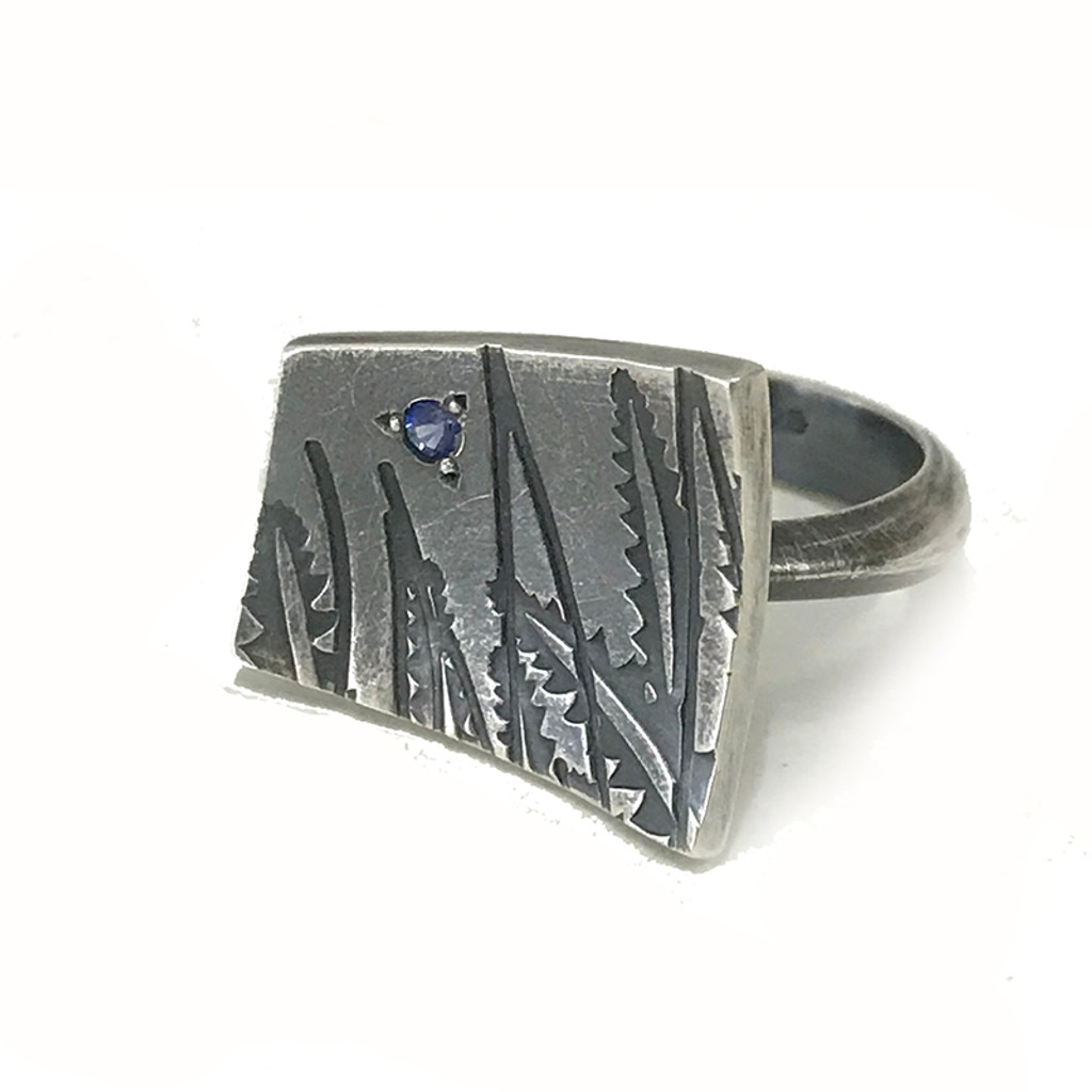 Banksia ring with sapphire
