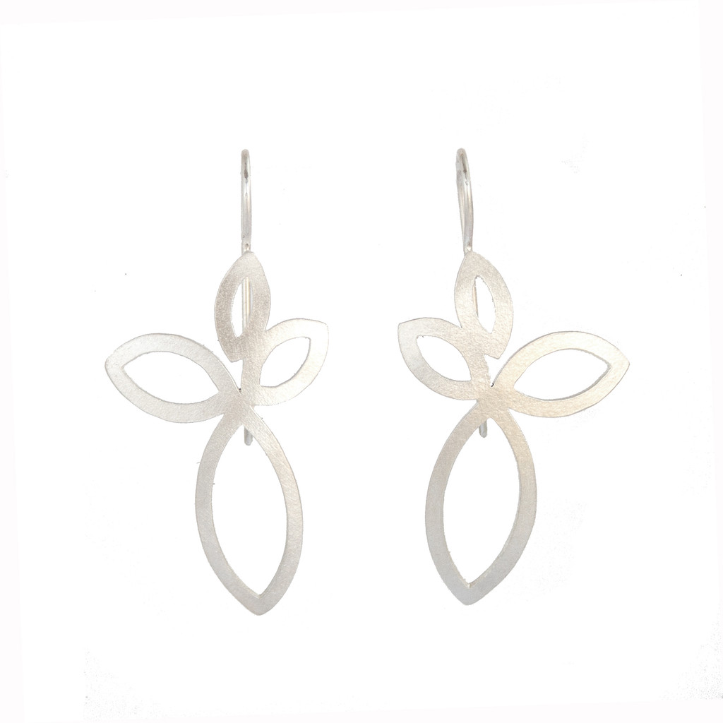 Petal earrings silver