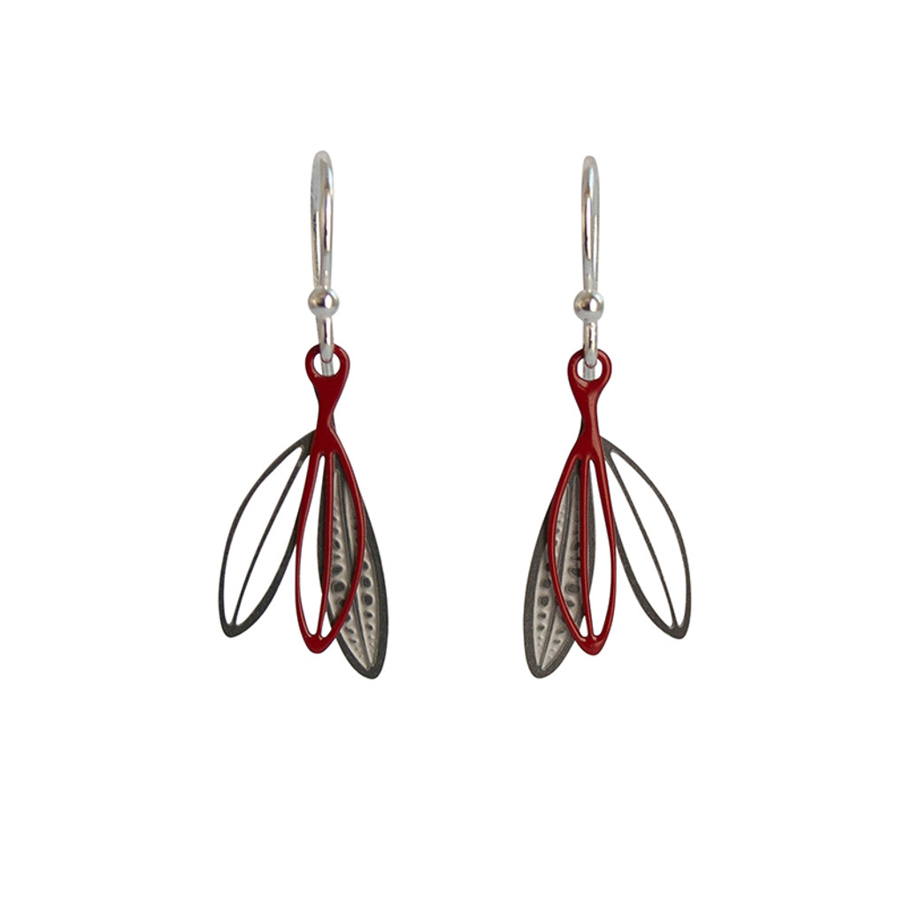 Petite leaf earrings Colour front