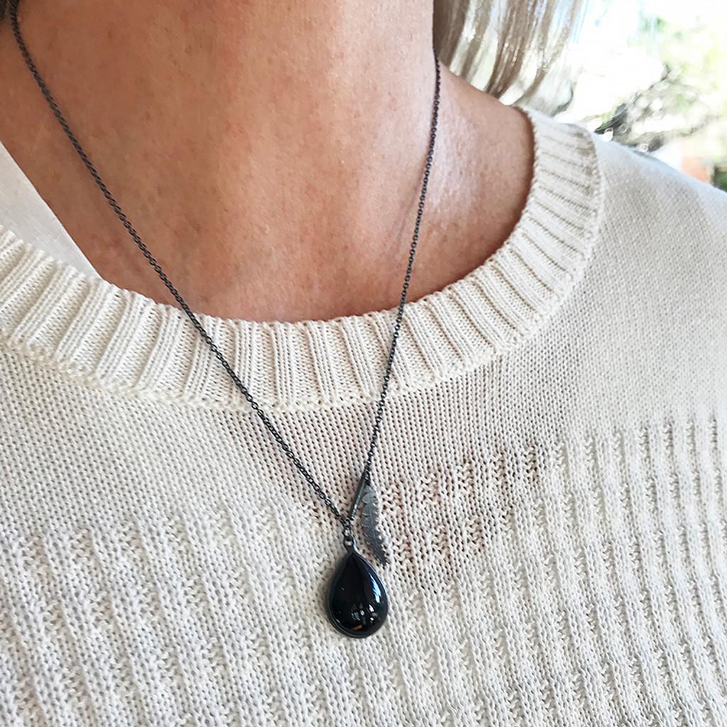 Onyx banksia pendant