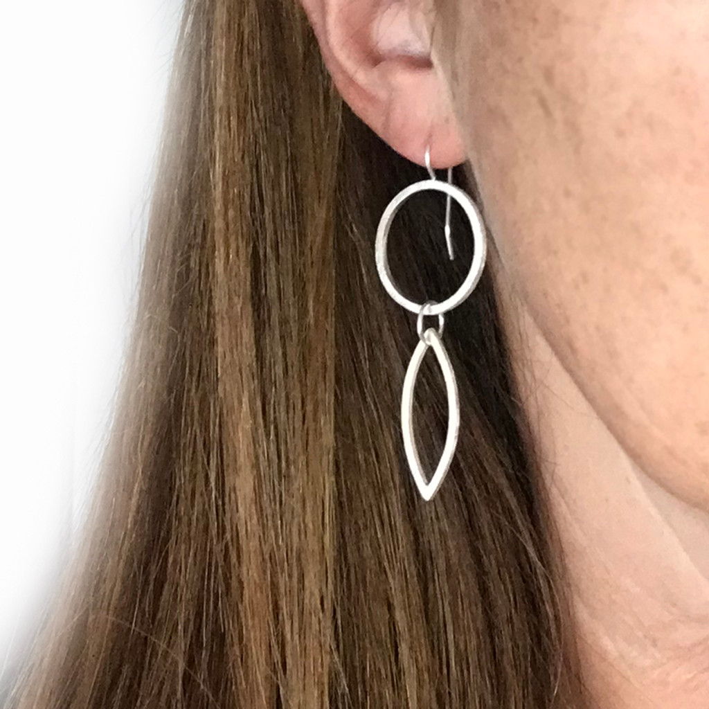 Cirque Petal sterling silver earrings small