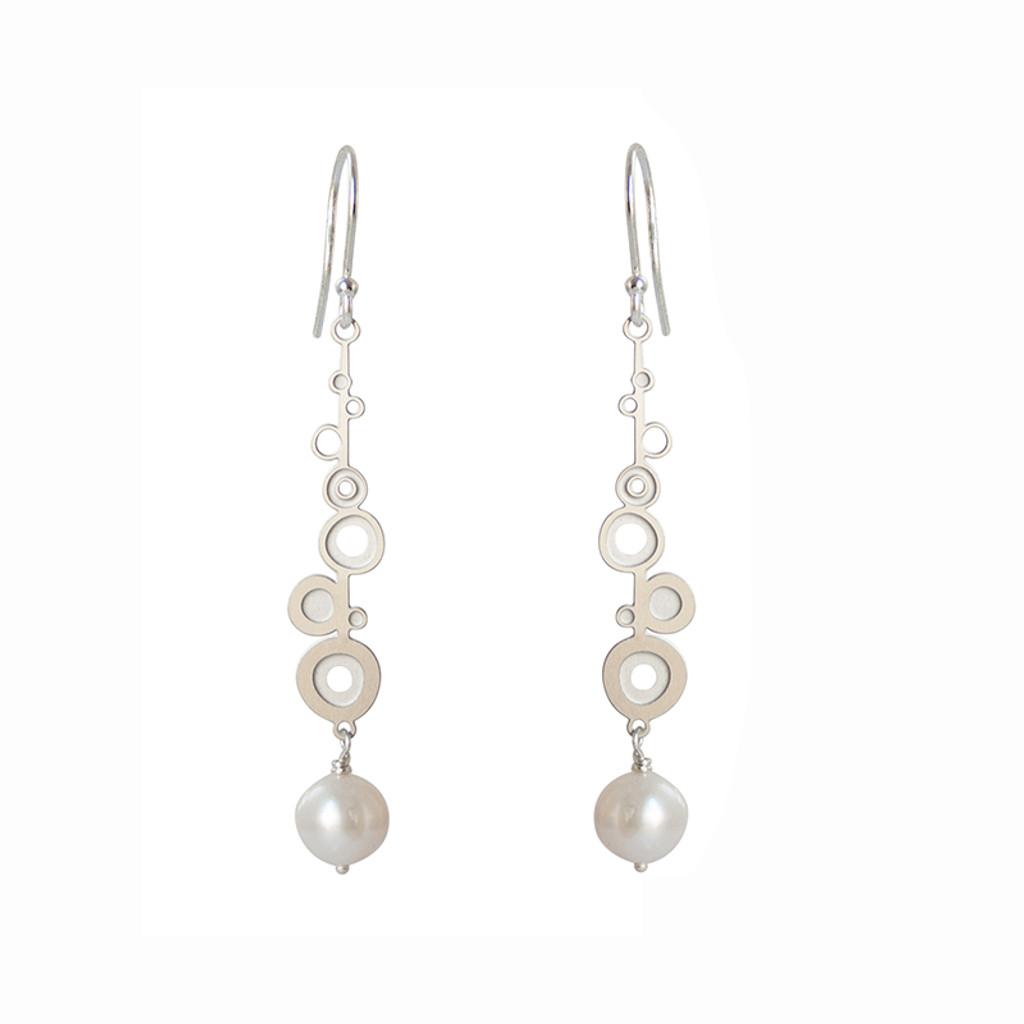 Fresh water pearl steel bud drop earrings