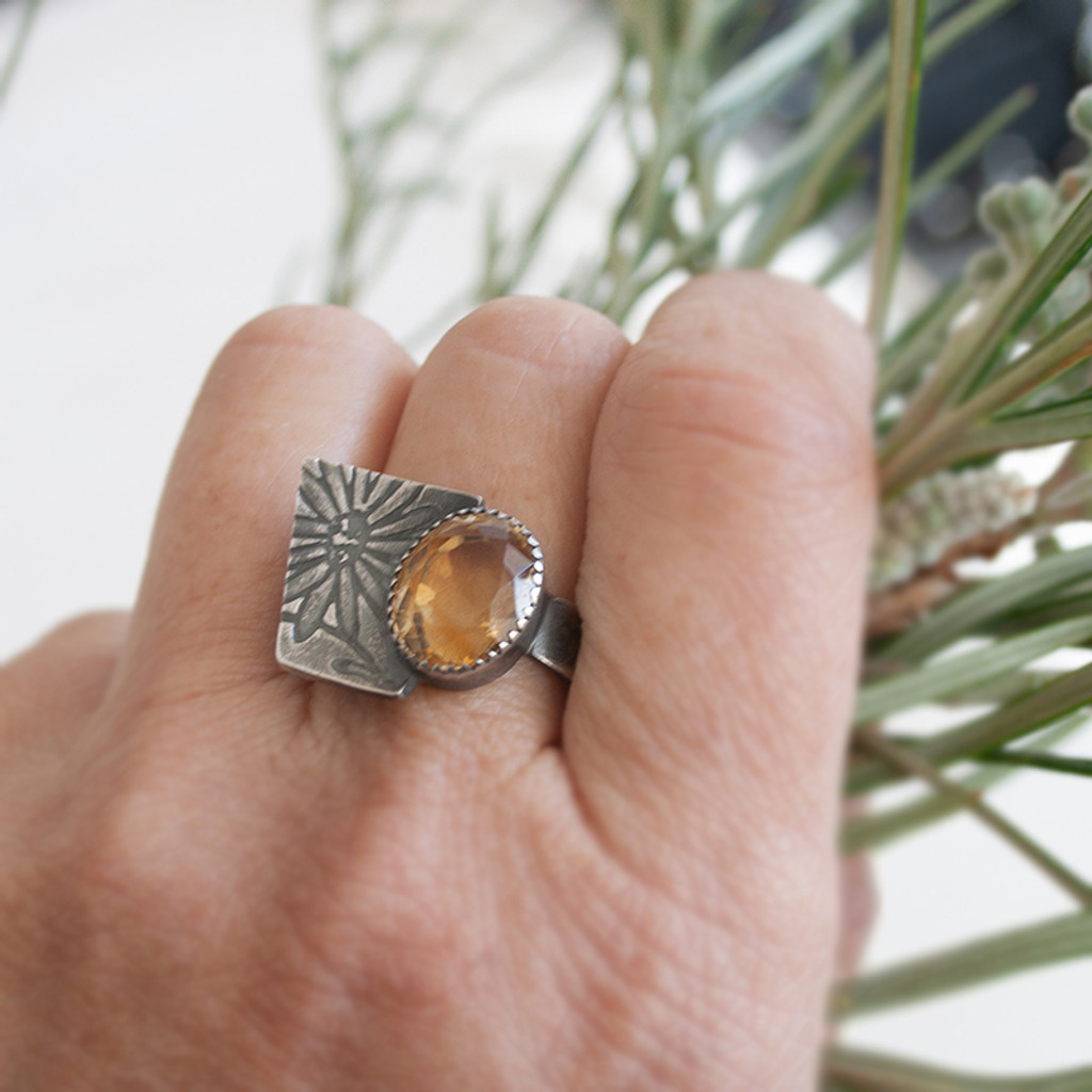 Geo daisy Citrine Cocktail ring